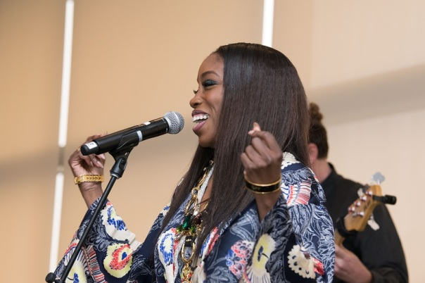 Photo by Earl Gibson of Estelle performing